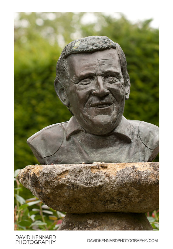 Bronze bust of Geoff Hamilton in Barnsdale Gardens