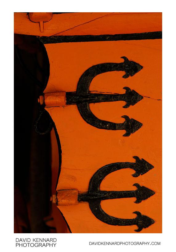 Pitchforks on Orange
