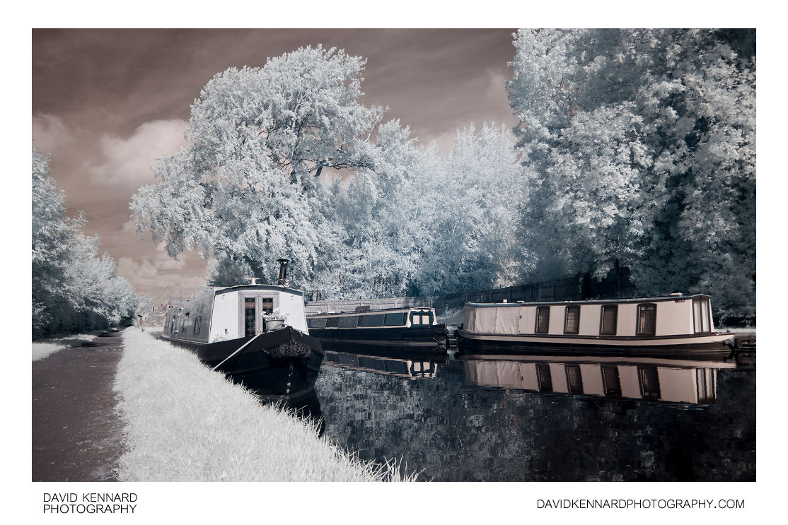 Narrowboats in infrared