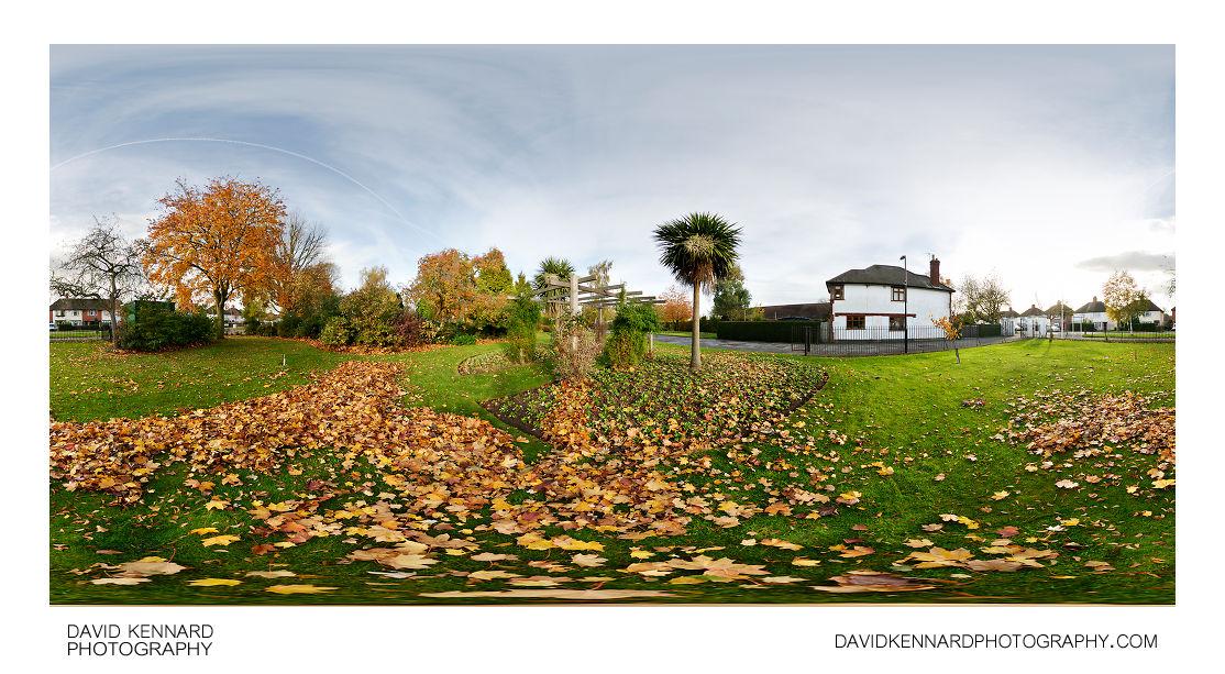 Welland Park in Autumn