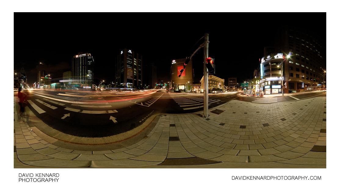 Toegyero & Banpo-ro intersection at night