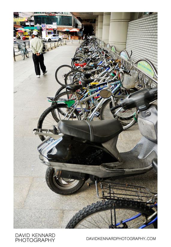 Bikes outisde Danggogae station