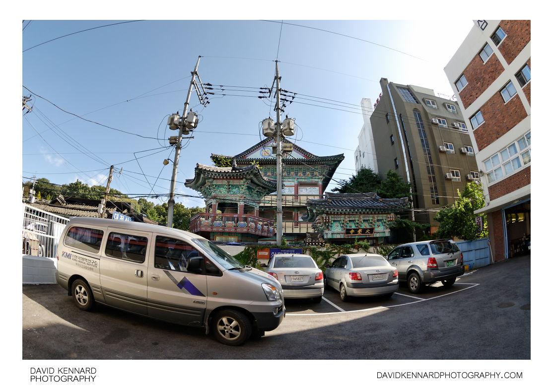 Car park and Daegaksa temple