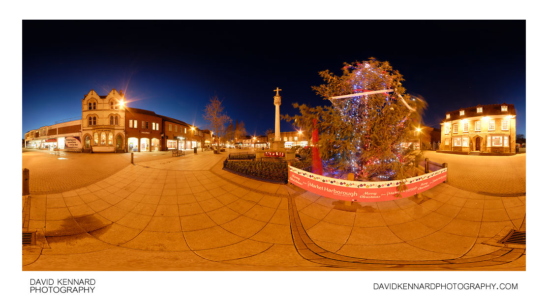 Christmas Tree in Market Harborough Square