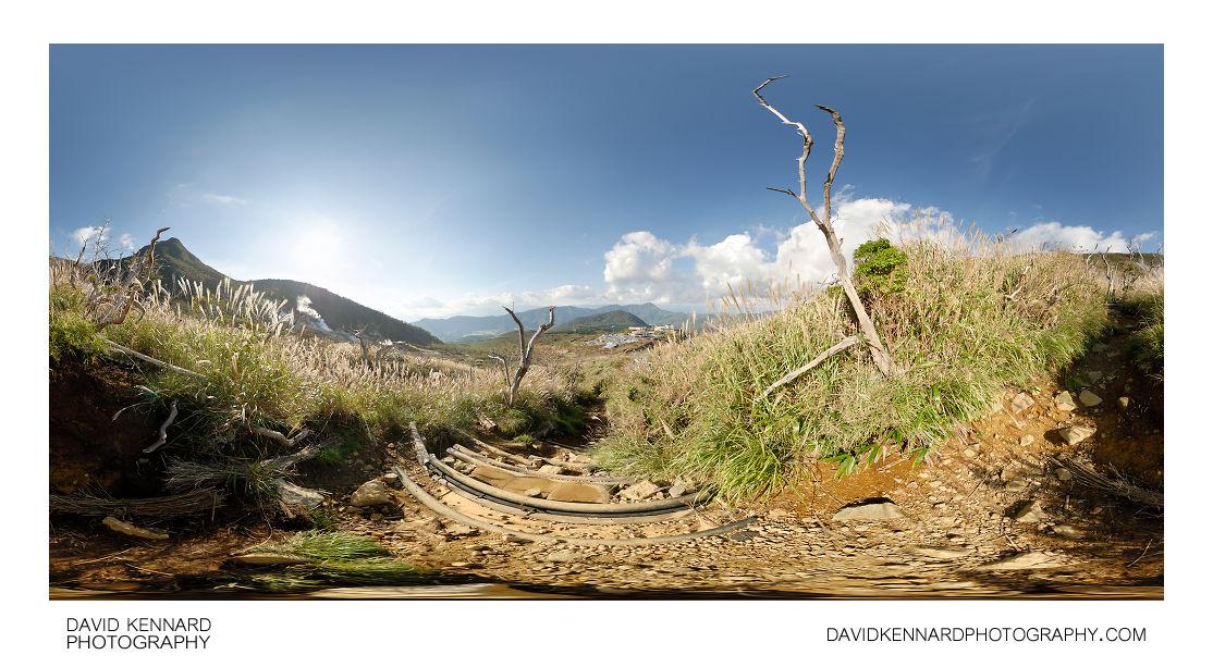 Path down mountain, Hakone