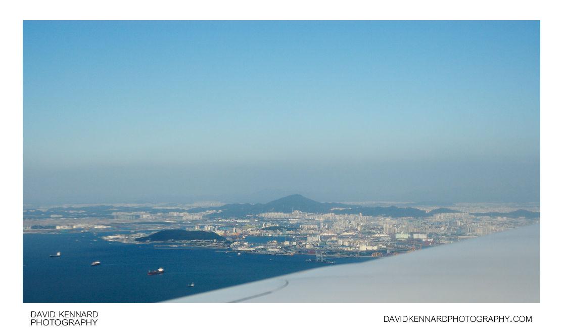Flying in towards Incheon