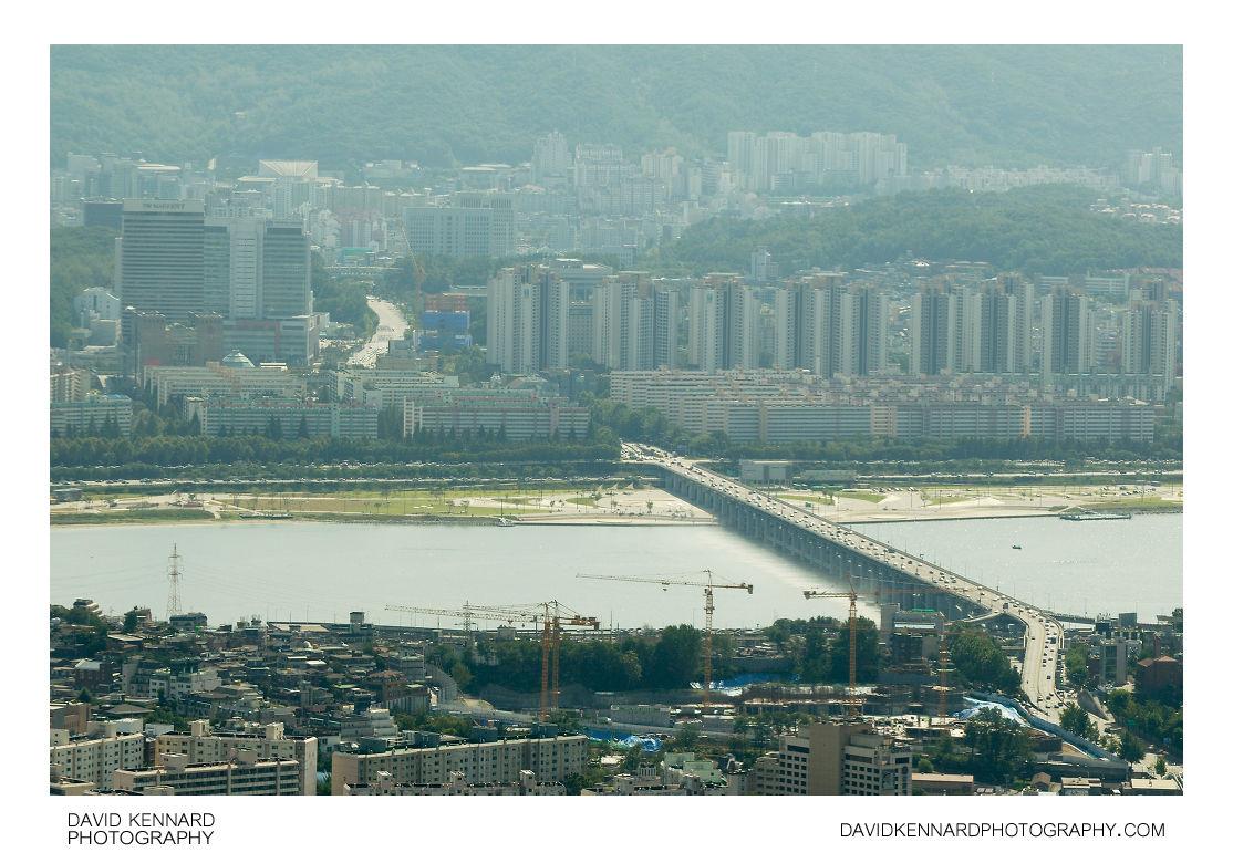 Banpo Bridge from N Seoul Tower