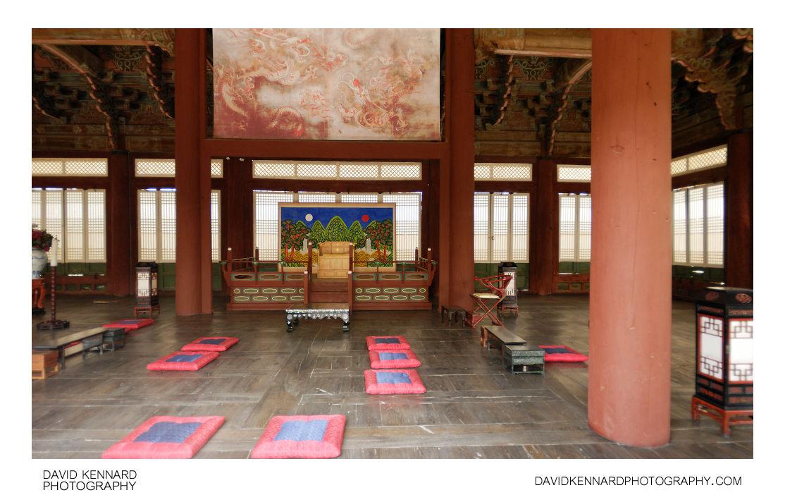 Sajeongjeon Hall Interior
