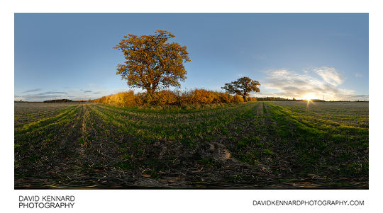 360° panorama of sunset over a field in East Farndon in autumn