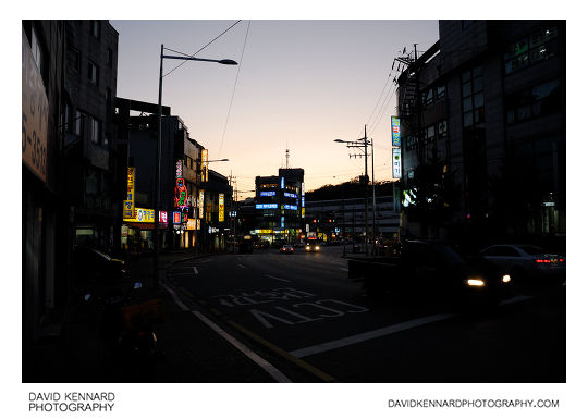 Deokreung-ro at twilight