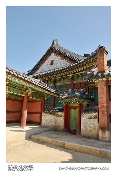 Gate at west of Huijeongdang, Changdeokgung