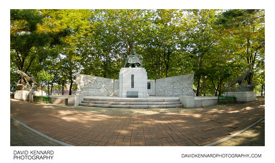 Seongjae Lee Si-Yeong (성재 이시영선생) statue in Baekbeom Square, Seoul, South Korea