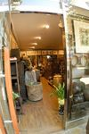 Hareubang antiques shop, Waryong-dong